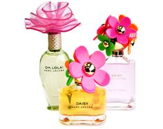 Looking for a new fragrance for the summer? Check out these limited version floral scents from Marc Jacobs. Parfum Marc Jacobs, Fragrance Finder, Marc Jacobs Daisy, Beautiful Perfume, New Fragrances, Bottle Design, Smell Good, Deodorant, Perfume Bottles