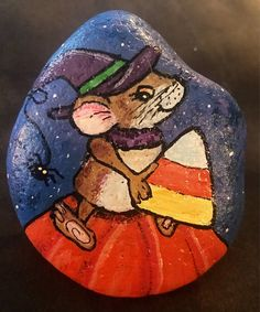 Halloween Mouse with Candy Corn Painted Rock Collectible & Stone Crafts, Rock Crafts, Crafts To Do, Arts And Crafts, Halloween Rocks, Halloween Crafts, Painted Rocks, Hand Painted, Stone Painting