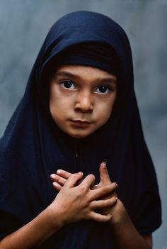 Burma by steve mccurry