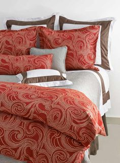Traditions Linens - Nouvelle Bedding Collection