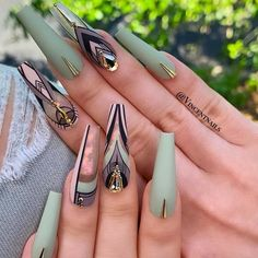 Tribal Nail Art For Your Inspiration ❤ 30 Coffin Nail Designs You'll Want T…You can find Tribal nails and more on ou. Glam Nails, Dope Nails, Fancy Nails, Bling Nails, Matte Stiletto Nails, Perfect Nails, Gorgeous Nails, Pretty Nails, Amazing Nails