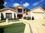 facades image: hedging, landscaped garden - 892282