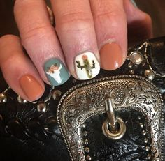 Nail art Christmas - the festive spirit on the nails. Over 70 creative ideas and tutorials - My Nails Skull Nail Designs, Diy Nail Designs, Gel Designs, Fancy Nails, Diy Nails, Cute Nails, Rodeo Nails, Western Nail Art, Country Nails