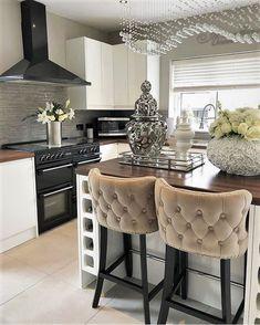 Home Design, Interior Design Career, Interior Decorating Styles, Home Interior, Decor Interior Design, Decorating Your Home, Luxury Interior, Decorating Tips, Design Interiors