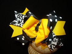 Sassy Hairbows.. Triple Layered Boutique Bow and Interchangeable Headband..Great for Newborn Toddler big Girl wear. $7.99, via Etsy.
