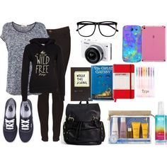 Airplane Outfit and What's In My Carry On Bag part | http://travelaccessorystuff.blogspot.com