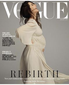 Maternity fashion on the cover of Vogue in Yes please. Haute Couture Style, Maternity Portraits, Maternity Photography, Pregnancy Magazine, Maternity Studio, Vogue Photoshoot, Nancy Ajram, Magazin Covers, Outfit Des Tages