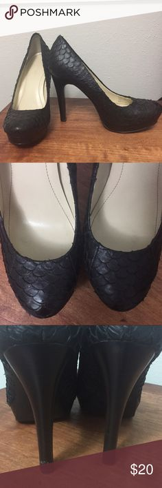 Calvin Klein Black Heels Black Calvin Klein heels. Scalloped leather detailing. Preloved condition. Small wear defect on left heel (pictured). Size 6. Make an offer❤️ Calvin Klein Shoes Heels
