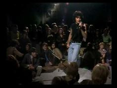 David Essex - Rock On 70s Music, Rock Music, Music Songs, David Essex, Uk Tv Shows, Great Music Videos, Youtube Stars, Alternative Music, Glam Rock