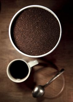 Cafecolate is my organic coffee and cacao (chocolate) blended together!!! ahhhhh www.cafecolate.com
