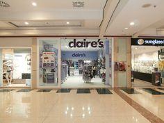 Nuestro centro recibe la apertura de la nueva tienda de Claire´s, situada en la planta moda del Centro Comercial Meridiano ¡Te esperamos!