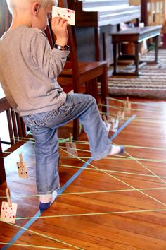 An educational string obstacle course for kids to practice number bonds and preschoolers to match numbers  #educational #kids