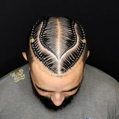 black braided hairstyles Check out these braid styles for men including cornrows, box braids, zig zag braids, 2 braids and braided dreadlocks. Box Braids Hairstyles, Latest Braided Hairstyles, Black Men Hairstyles, Boy Hairstyles, Haircuts, Wedding Hairstyles, Vintage Hairstyles, Braids With Fade, Braids For Boys