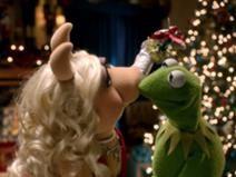 . Les Muppets, The Muppet Movie, Statler And Waldorf, Swedish Chef, Miss Piggy, Jim Henson, Kermit, Cartoons, Kiss