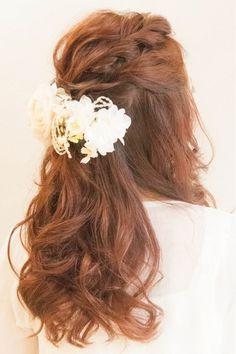 人気のダウンスタイル☆結婚式、二次会に♪ | 神奈川県・元町・石川町の美容室 hair coucouのヘアスタイル | Rasysa(らしさ)