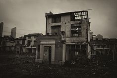 Old Buildings Gone. by @yakobusan Jakob Montrasio 孟亚柯, via Flickr