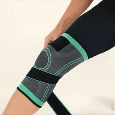 Caresole Knee Sleeves Review 2020: Does this Circa Knee work? | THE GADGETOFFICE Knee Problem, Knee Compression Sleeve, Mens Sleeve, Knee Sleeves, Knee Injury, Knee Brace, Knee Pain, Medical Advice, Medical Conditions