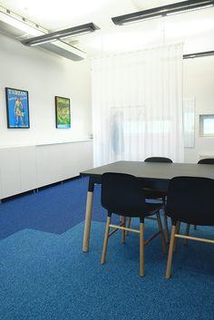detaljee+2+sisustussuunnittelu+sisustussuunnittelija+interiordesigner+interior+helsinki+pääkaupunkiseutu+toimistosuunnittelu+kokolattiamatto+koolmat+tekstiilisuunnittelu+verhot+Vallila Interior+kalusteet+Muuto+Normann Copenhagen