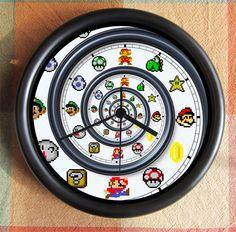 SUPER MARIO BROTHERS Spiral Dali Nautilis Mario Charactors 8 Bit 10 inch Resin Wall Clock