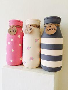 Set of 3 Painted mini milk bottles vintage home by Kek - Pasta Tarifleri, Wine Bottle Art, Painted Wine Bottles, Diy Bottle, Wine Bottle Crafts, Mason Jar Crafts, Mason Jar Diy, Glass Bottles, Painted Vases, Garrafa Diy