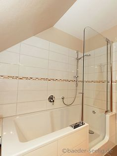 Bathtub with door in the attic bathroom in Hamburg - Cabinet Tub Shower Combo, Shower Tub, Unclog Bathtub Drain, Attic Bathroom, Bathroom Ideas, Toilet Design, Nautical Home, Bath Remodel, Bedroom Storage