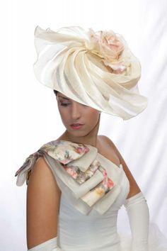 Luxusný kvetinový klobúk K22 - Svadobný salón Valery 96f212f46eb