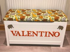 Jungle Theme Rooms, Personalised Toy Box, Little Bow, Toy Boxes, Bedroom Designs, Toy Chest, Animal, Storage, Furniture