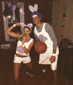 Homemade Lola and Bugs - Space Jam couples costume DIY movie costume | Instagram @ohmygodbbecky