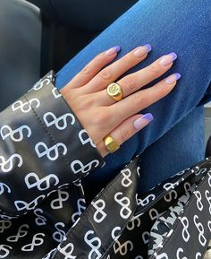 Uploaded by Emma Almqvist. Find images and videos about nails, accessories and rings on We Heart It - the app to get lost in what you love. Aycrlic Nails, Nail Manicure, Hair And Nails, Nail Polish, Glitter Nails, Fabulous Nails, Perfect Nails, Nail Jewelry, Funky Nails