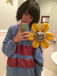 Here, you'll find cosplay pics, information, and the effects cosplay has on society. You'll find discussions on sex and cosplay and its growth in society Comic Con Cosplay, Cute Cosplay, Amazing Cosplay, Best Cosplay, Cosplay Ideas, Cosplay 2016, Undertale Costumes, Undertale Cosplay, Flowey Undertale