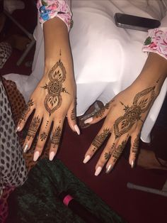 Henna design done by a friend - photo taken by me!
