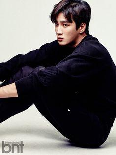Ahn Bo-hyun (안보현) - Picture @ HanCinema :: The Korean Movie and Drama Database Korean Male Actors, Handsome Korean Actors, Korean Men, Asian Actors, Asian Boys, Asian Men, Netflix Dramas, Choi Jin, Chines Drama