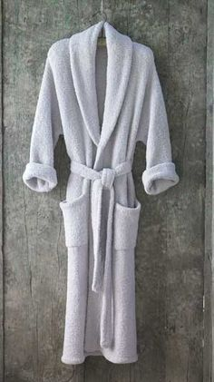 Barefoot Dreams Bamboo chic bathrobe..  one of Oprah's ten top gifts...
