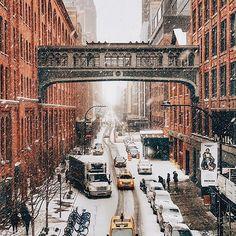 ✨NYC looks so pretty right now! Let it snow let it snow! ⛄️❄️ *✨ Stunning shot by @iwyndt ⛄ #newyork #America #ny #nyc #newyorkcity #bigcity #street #usa #UnitedStates #city #citylife