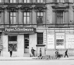 © Fritz Tiedemann, Fruchtstraße, Berlin --- On March 27, 1952, Fritz Tiedemann photographed the Berlin street Fruchtstraße, between Ostbahnhof and Stalinallee, working for the East Berlin mayor's office. His photos produced views of the facades of the buildings on the street seven years after the end of World War II, and two decades before the buildings were demolished - although the plan to destroy them had already been drawn up when Tiedemann took his pictures. #bwphotography #berlin…