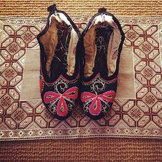 Traditional style Bulgarian 'turlitsi' slippers by BulgarUSA