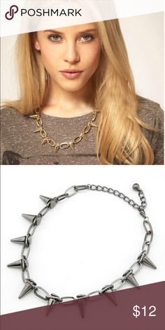 Rivet Necklace Fashion Retro Punk Style Vintage. Not heavy material, looks really fashion ! Silver color. Jewelry Necklaces
