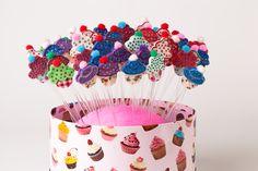 Decora tus pastelitos con estos pinchitos tan originales