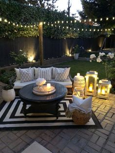 "Love this backyard Liebe diesen Hinterhof Source by cynthianesteby"", ""pinner"": {""username"": ""first_name"": ""Garten dekoration ""domain_url"": ""gartendeko.ml"", ""is_default_image"": false, ""image_medium_url"":. Backyard Patio Designs, Backyard Landscaping, Backyard Seating, Backyard Porch Ideas, Oasis Backyard, Small Backyard Patio, Backyard Paradise, Modern Backyard, Backyard Makeover"