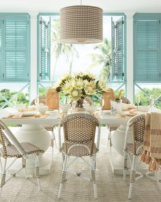 Outdoor Dining Chairs, Dining Table, Outdoor Living, Dining Rooms, Outdoor Spaces, Dining Sets, Outdoor Seating, Table Lamp, Small Studio Apartment Design