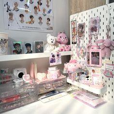Room Design Bedroom, Room Ideas Bedroom, Bedroom Decor, Army Room Decor, Study Room Decor, Cute Room Ideas, Cute Room Decor, Kawaii Room, Indie Room