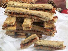 NoCarbhagymás rúd paleoNagyon finom érdemes elkészíteni és fincsi pogácsais készíthető,csak akkor köröket szúrunk ki.Hozzávalók: 14 dbelkészítési idő: 30 perc+sütés8 dkg