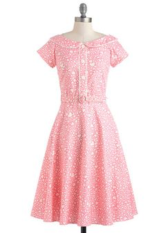 This pink retro dress by pinup model Bernie Dexter is killing me... those are hundreds of hearts of different sizes.