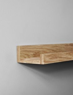 Oak picture ledge - in the group Accessories / Picture ledge at Desenio AB Oak Picture Frames, Picture Shelves, Picture Ledge, Wooden Picture, Nordic Interior, Office Interior Design, Interior Styling, Buy Pictures, Hanging Pictures