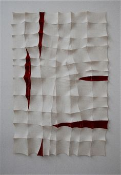 This is cool art. I looks like the artist used paper and had the corners flair out. To me it looks like the red is supposed to look like blood coming out of a towel or something. free grid — Chung-Im Kim Art Sculpture, Wall Sculptures, Image Digital, Textile Fiber Art, Textile Texture, Textile Artists, Textiles Techniques, Artistic Installation, Felt Art