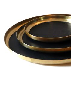 Brass | 真鍮 | Latón | Shinchū | латунь | Laiton | Messing | Metal | Colour | Texture | Pattern | Style | Design | Composition | Photography | Tray Set | Gestalten