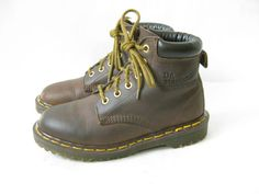Vintage DOC MARTEN Brown Lace Up Boots. Size 4 by TimeBombVintage