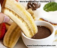 In the mood for some fluffy Japanese pancakes? Visit our Yonge and Eglinton location for souffle & Japanese pancakes handmade from delectable ingredients. Toronto Cafe, Fuwa Fuwa, Japanese Pancake, Fluffy Pancakes, Ice Cream Scoop, The Fresh, Fresh Fruit, Chocolate Fondue, Banana