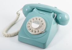 STUNNING BLUE 1970's STYLE ROTARY DIAL TELEPHONE