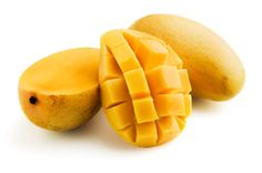 angoes: satisfy a sweet tooth and to help to ward off other cravings. Mangoes are high in fiber, magnesium, antioxidants, and iron. Mangoes aid in digestion, you want to focus on eating the fruit versus just drinking the juice. Mango Health Benefits, Vitamin A, Nutritional Value, Tropical Fruits, Kefir, Food Festival, Fresh Fruit, Mixed Fruit, Baby Food Recipes